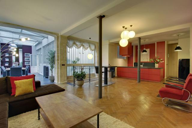 Do You Have A Question About Our Short Stay Paris 3 Bedroom Apartments?